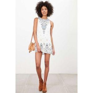 Ecote - Open Back Guinevere Printed Dress - M
